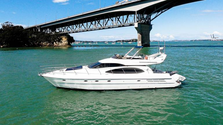 Azimut 58 Launch #5315