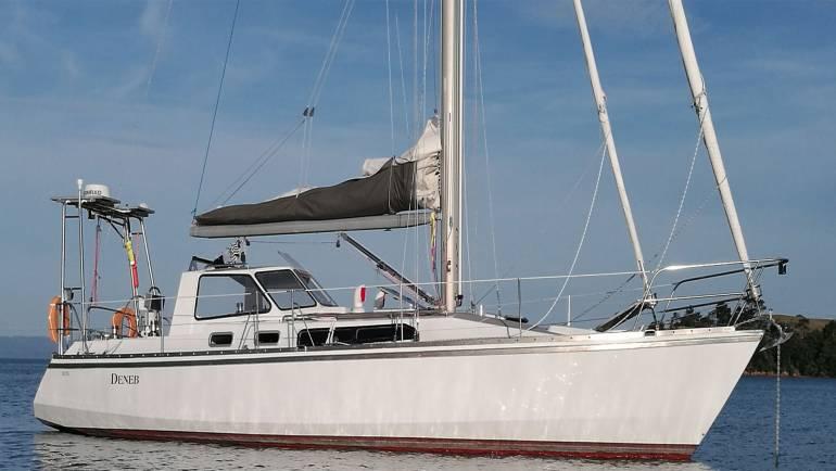 Van-DeStadt Cruising Yacht # 5326